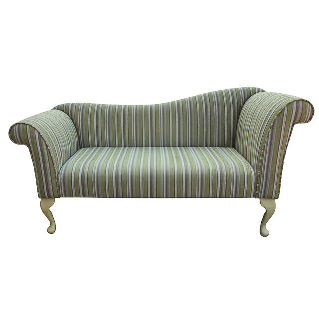 http://www.beaumont-furniture.co.uk/images/DB15ChaiseSofa2.jpg