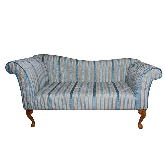 http://www.beaumont-furniture.co.uk/images/JC23-2SEATERCHAISESOFA.jpg
