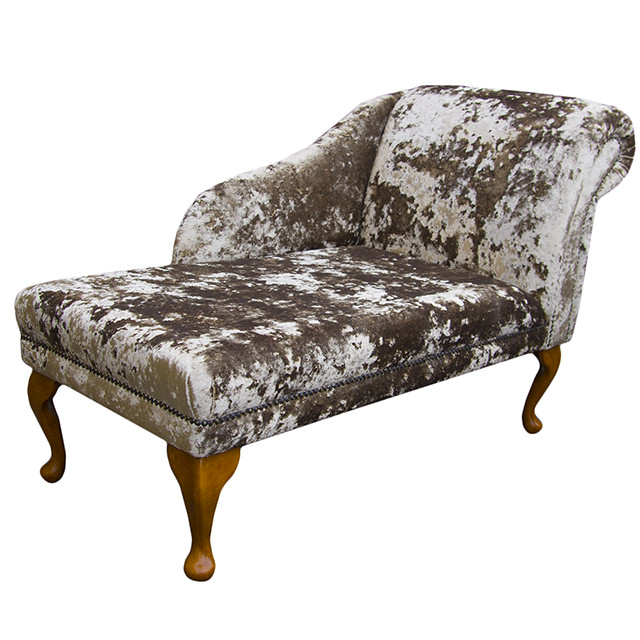 45 chaise longue chair in a bronze lustro chenille fabric for Chaise longue pour bronzer